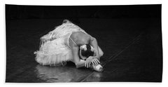 Dying Swan 4. Hand Towel