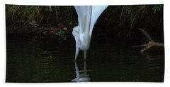 Hand Towel featuring the photograph Egret Take Off by Charlotte Schafer