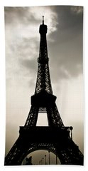 Eiffel Tower Silhouette Bath Towel