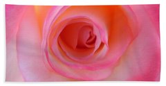 Bath Towel featuring the photograph Eye Of The Rose by Deb Halloran