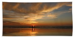 Family Reflections At Sunset - 2 Bath Towel