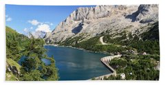 Hand Towel featuring the photograph Fedaia Pass With Lake by Antonio Scarpi