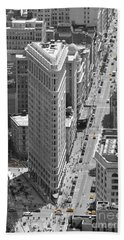 Bath Towel featuring the photograph Flatiron Building by Randi Grace Nilsberg
