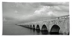 Florida Keys Seven Mile Bridge Black And White Bath Towel