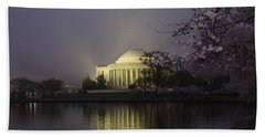 Foggy Morning At The Jefferson Memorial 1 Bath Towel
