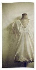Bath Towel featuring the photograph Forgotten Beauty by Amy Weiss