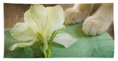 Fragrant Gardenia Bath Towel