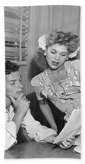 Frank Sinatra & Eileen Barton Hand Towel by Underwood Archives