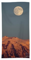 Full Moon Over Mount Rainier Bath Towel