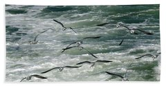 Fying Gulls Bath Towel
