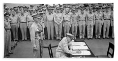 General Macarthur Signing The Japanese Surrender Hand Towel