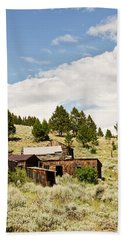 Bath Towel featuring the photograph Ghost Town In Summer by Sue Smith