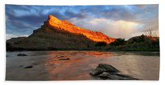 Bath Towel featuring the photograph Golden Highlights by Ronda Kimbrow