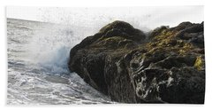 Hand Towel featuring the photograph Gorillas In The Mist  by Cliff Spohn