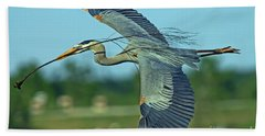 Great Blue Heron Flight 2 Bath Towel