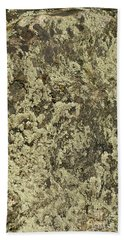 Hand Towel featuring the photograph Green Moss by Les Palenik