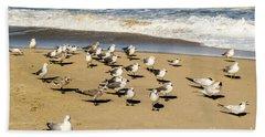 Gulls At The Beach Bath Towel