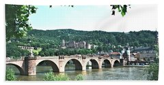Heidelberg Schloss Overlooking The Neckar Bath Towel