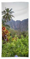 Hiilawe And Hakalaoa Falls Bath Towel by Denise Bird