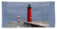 Hand Towel featuring the photograph Historic Pierhead Lighthouse by Kay Novy