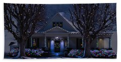 Hand Towel featuring the photograph Home For Christmas by Bonnie Willis