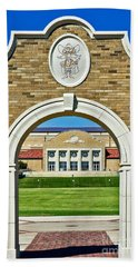Bath Towel featuring the photograph Homecoming Bonfire Arch by Mae Wertz