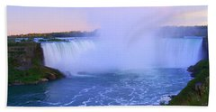 Horseshoe Falls Sunset In The Summer Hand Towel by Lingfai Leung