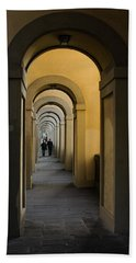 In A Distance - Vasari Corridor In Florence Italy  Bath Towel