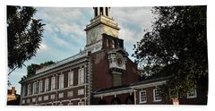 Hand Towel featuring the photograph Independence Hall by Ed Sweeney