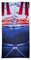 Jaguar Ss 100 Grille Emblem -0544c Bath Towel