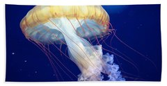 Japanese Sea Nettle Chrysaora Pacifica Bath Towel by Mary Lee Dereske