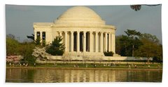 Bath Towel featuring the photograph Jefferson Memorial At Sunset by Emmy Marie Vickers