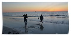 Hand Towel featuring the photograph Kids At The Beach by Robert Meanor