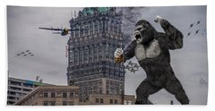 Hand Towel featuring the photograph King Kong In Detroit At Wurlitzer by Nicholas  Grunas