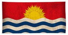 Kiribati Flag Vintage Distressed Finish Bath Towel