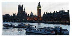 Bath Towel featuring the photograph Lighting Up Time On The Thames by Jeremy Hayden