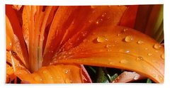 Hand Towel featuring the photograph Lily Drops by Kerri Mortenson