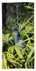 Hand Towel featuring the photograph Little Blue Heron by Robert Meanor