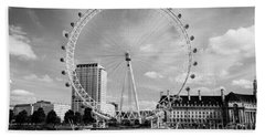 Hand Towel featuring the photograph London Eye Head-on Bw by Matt Malloy