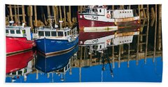 Boats And Reflections At Low Tide On Digby Bay Nova Scotia Bath Towel
