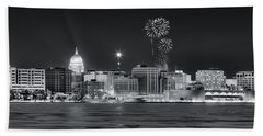 Madison - Wisconsin -  New Years Eve Panorama Black And White Bath Towel