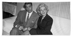 Marilyn Monroe And Joe Dimaggio Hand Towel by Underwood Archives
