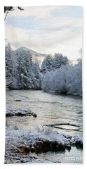 Hand Towel featuring the photograph Mckenzie River by Belinda Greb