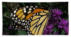 Hand Towel featuring the photograph Monarch by Lingfai Leung
