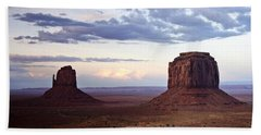 Monument Valley At Sunset Bath Towel