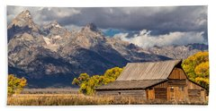 Moulton Barn In The Tetons Hand Towel