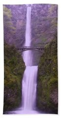 Multnomah In The Drizzling Rain Hand Towel