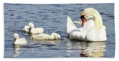 Hand Towel featuring the photograph Mute Swans by Alyce Taylor
