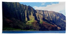 Na Pali Coast On Kauai Bath Towel