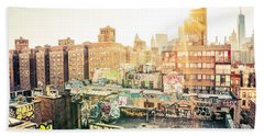 New York City - Graffiti Rooftops Of Chinatown At Sunset Bath Towel
